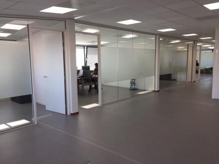 Letterplex Mat Glasfolie kantoorruimte